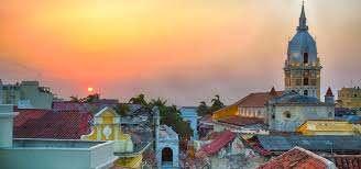 LO MEJOR DE COSTA RICA Y COLOMBIA